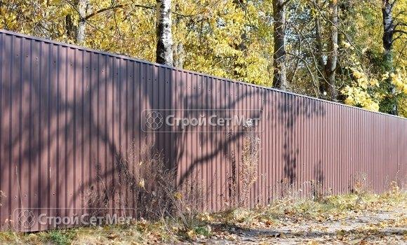 Фото 211. Забор из профлиста профнастила металлопрофиля ПС-21 коричневый 8017 в Минске