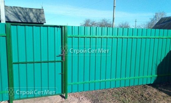 Фото 439. Забор из профлиста профнастила металлопрофиля бирюзовый морская волна RAL 5021