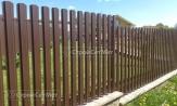Забор из металлического штакетника коричневый 8017, забора из евроштакетника, купить заказать под ключ, установка, монтаж