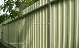 Красивый забор из профлиста профнастила металлопрофиля МП-20 серый фотографии фото под ключ с установкой под заказ купить в Минске