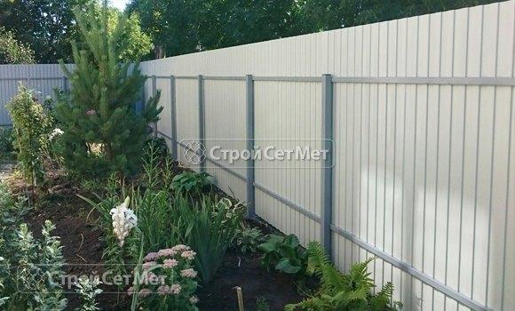 Фото 319. Забор из профлиста профнастила металлопрофиля обратная сторона