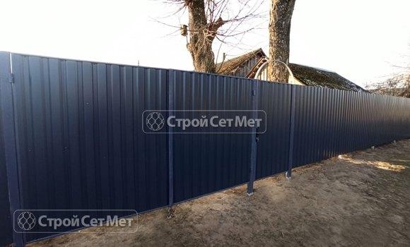 Фото 454. Забор из профлиста профнастила металлопрофиля серый графитный 7024