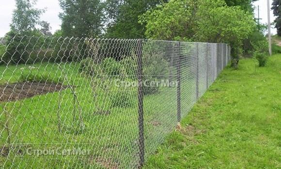 Фото 110. Купить забор из сетки рабицы под ключ с установкой и монтажом