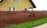 Забор ограда из металлического штакетника фото, забора из евроштакетника, купить заказать коричневый 8017 под ключ, установка, монтаж