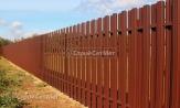 Забор из металлического штакетника фото, забора из евроштакетника, коричневый 8017,купить заказать под ключ