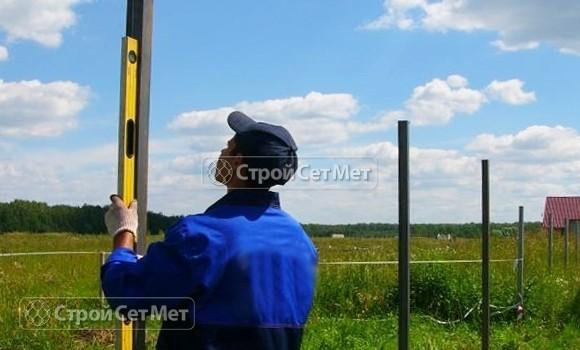 Фото 265. Установка столбов для забора, цена за работу за метр работы
