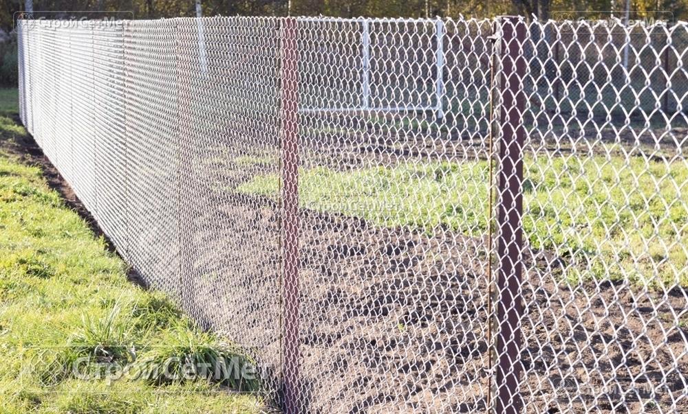 """Сетка рабица недорого купить в Минске, оцинкованная, 55х55 мм на забор или ограду высотой от 1.2 до 2 м с доставкой в УП """"СтройСетМет"""""""